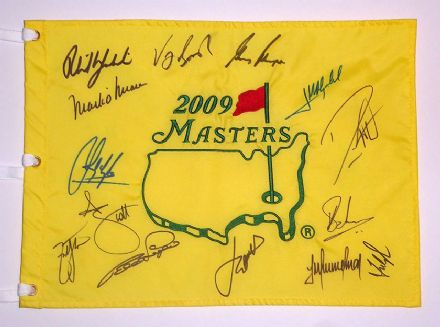 Masters 2009 Augusta National pin flag signed by 14 Masters champions.